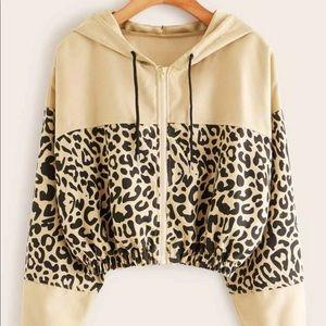 Contrast leopard panel drawstring hooded jacket